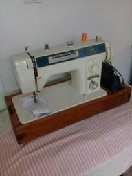 Máquina de costurá Elgin Genus
