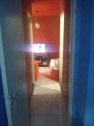 Quarto e sala cozinha e banheiro em Abrantes