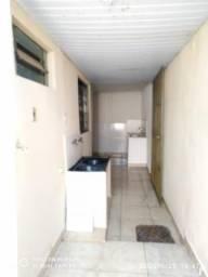 Casa 3 quartos Novo Horizonte, independente próxima a vários comércios