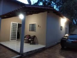 Troco casa por automóvel (R$ 58 mil) - (Santo Antônio do Descoberto/GO)