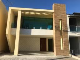 Casa Duplex com área construída de 280m², 4 suítes, 4 vagas, lazer completo