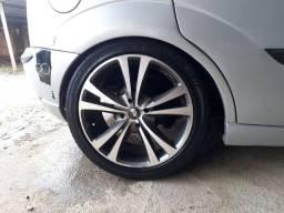Rodas 17 cm pneus