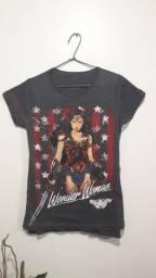 Camiseta Mulher Maravilha piticas