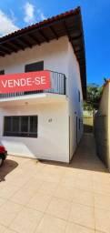 Casa com 3 quartos à venda em Jardim Dois Melros (3min do centro)
