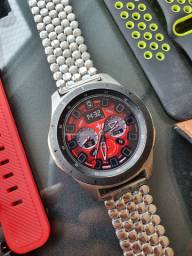 Galaxy whatch 46mm Oportunidade única!!! Muito Novo Smartwatch