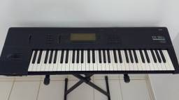 Korg 01/W Workstation