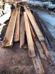 Título do anúncio: Madeira ardida para móveis 400,00