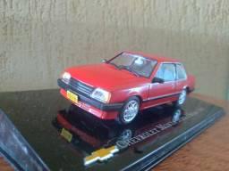 Miniatura Monza serie I Sedan 1985
