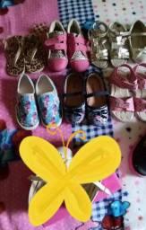 Lote de calçados infantil n°22 e n°24