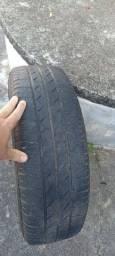 Roda e pneu aro14. 200,00