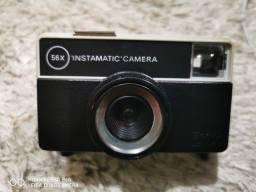 Título do anúncio: Camera Kodak Instamatic 56X Made in England usada.