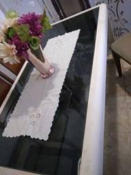 Mesa madeira com vidro