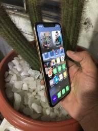iPhone XS Max troco em 11 ou xr