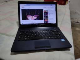 Título do anúncio: Notebook Samsung core i3 3 geração RAM 6 GB HD 320 bateria boa teclado bom