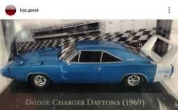 Miniatura American Cars Dodge Charger Daytona 1969 + fascículo