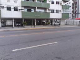 Apt mobiliado na Av Carlos de Lima, Casa Caiada,prox Caixa Rio Doce