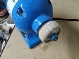Fresadora dos furos de chinelo com lixa para acabamento