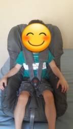 Cadeirinha para carro Chicco reclinável e higienizada (capa novíssima)