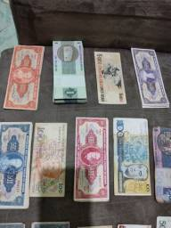 Cédulas e moedas antigas colecionador