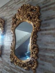 Espelhos de moldura veneziana