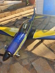 Aeromodelo Tucano motor 46 com servos instalados