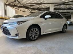 Corolla Altis Hybrid (2021) - apenas 6000km