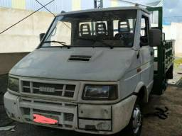Iveco Daily 3510 ano 2004