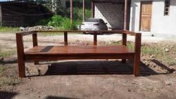 Título do anúncio: Sofá  de madeira  sobre encomenda avista 900