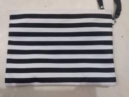 Bolsa estilo zebra da LATAM
