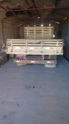Vendo caminhão 708 E