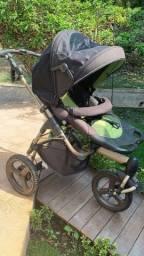 Título do anúncio: Carrinho de bebê 3 rodas expedition fisher price