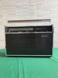 Extraordinário Rádio Philco Ford TransGlobe 9 faixas