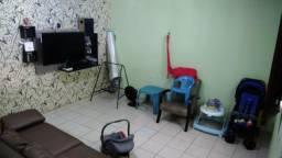 Casa com 3 quartos no bairro São Jorge