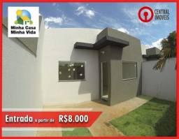 Casa 2 Quartos, ótimo acabamento e quintal no fundos – Apenas R8.000 de entrada