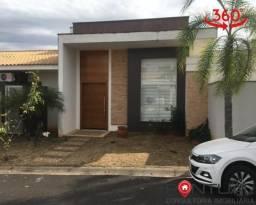 Casa à Venda em Marília no Condomínio Villa Flora I