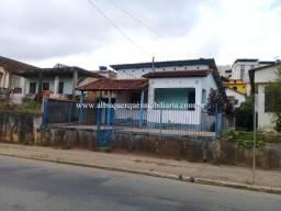 626 REF - Casa no Centro de Matias Barbosa, à venda