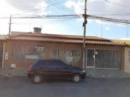"""Rones Moreira: Vende Casa com 04 dormitórios na Etapa """"C"""" em Valparaíso de Goiás"""