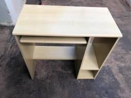 Mesa de Computador Marfim