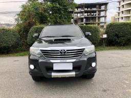 Hilux Sw4 3.0 Diesel Automatico 4x4 (7 Lugares) - 2014 - 2014