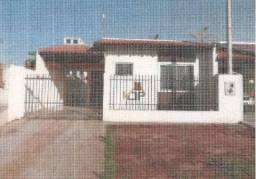 Casa com 2 dormitórios à venda, 65 m² por R$ 68.720,81 - Centro - Perola/PR