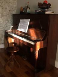 Piano Schneider vertical madeira maciça