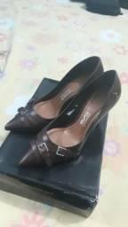 Sapato Santa Lola tamanho 36