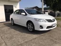 Vendo Toyota Corolla Xei - 2012
