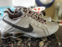 Nike Shox usado tamanho 43