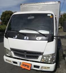 Caminhão JBC Effa 2011 57km comprar usado  Pindamonhangaba