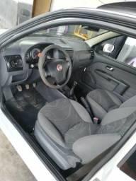 Fiat Strada cabine estendida - 2014