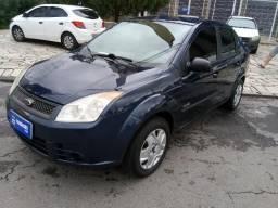 Fiesta sedan 1.0 completo 2009  *  * 13.900.00 - 2009