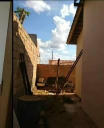 Vendo ou Troco 2 casas em Araxá