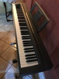 Teclado de piano yamaha novo