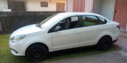 Grand Siena Attractive 1.4 8v Carro particular. Fipe R$33.576,00